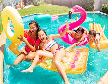 ¿Qué flotador es más seguro para los niños?